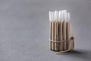 interdentale borstels van the humble co flossen uit bamboe